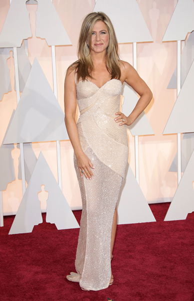 jennifer-aniston-wedding-dress2-