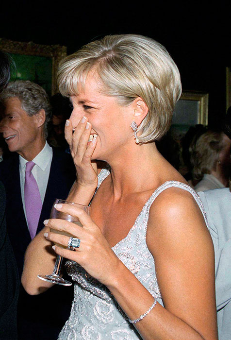 princess-diana-aquamarine-ring