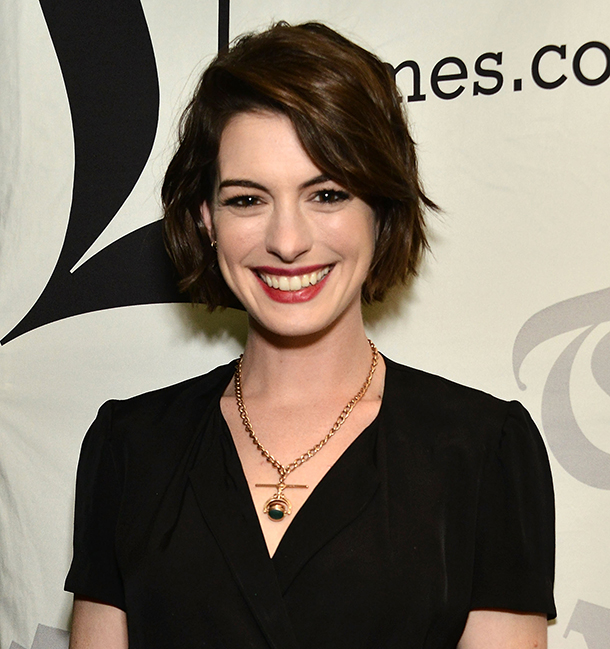 Anne Hathaway Latest Movie: Anne Hathaway Flattered By Comparison To Amal Clooney