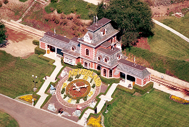 Michael jackson 39 s neverland ranch goes up for sale for Michael jackson house for sale
