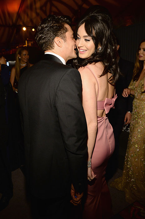 katy perry cuddles orlando bloom
