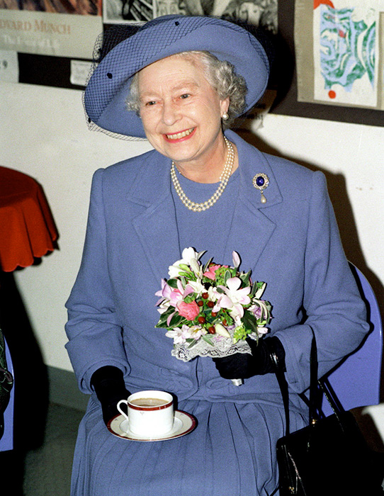 the-queen-tea