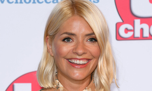 holly-willoughby-yellow-dress