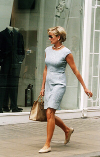 princess diana with gucci bamboo bag