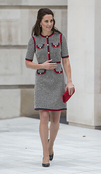 kate middleton wearing a gucci dress