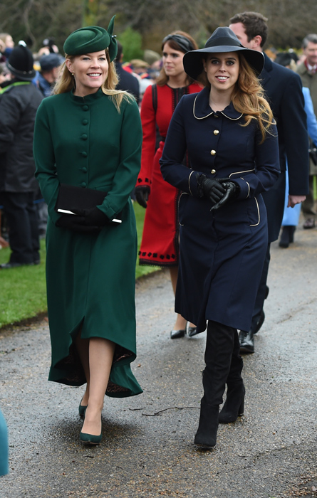 princess-beatrice-christmas-outfit