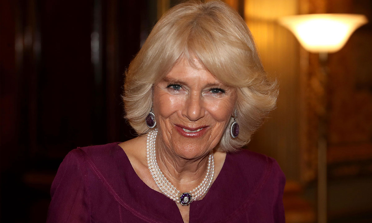 camilla-parker-bowles-pearl-necklace