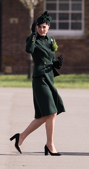 kate-middleton-green-hat-green-coat
