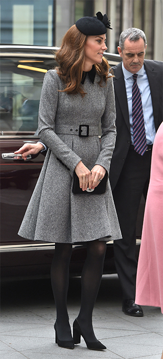 kate-middleton-grey-coat-dress