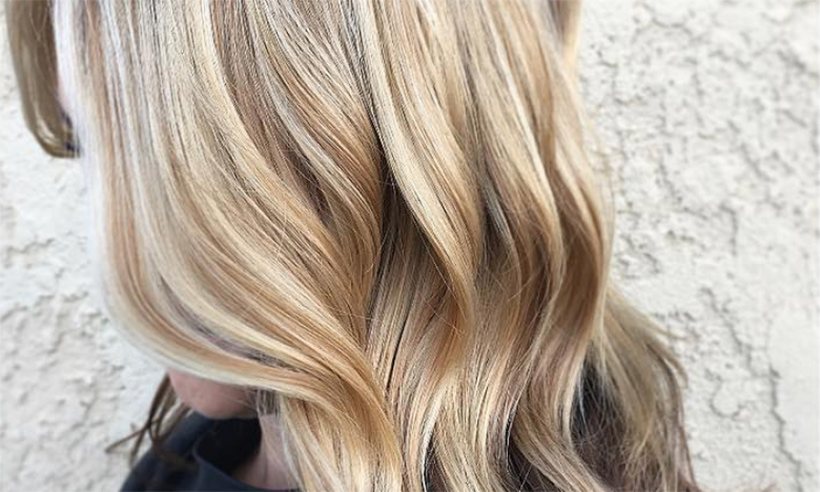 the reverse balayage is the new hair trend taking over instagram. Black Bedroom Furniture Sets. Home Design Ideas