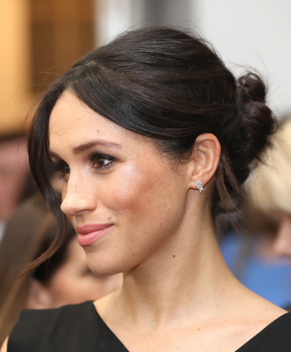 meghan-markle-hair-up