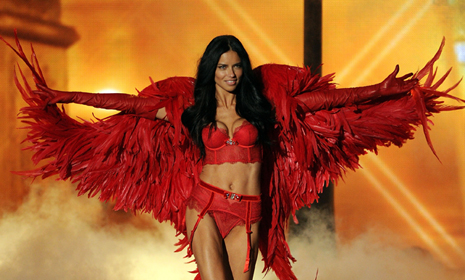 Victoria's Secret angel Adriana Lima talks diet and exercise with HELLO! Online