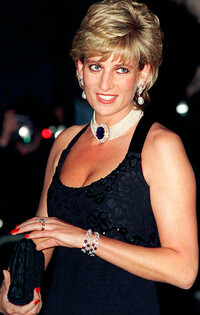 Princess Diana glam hair and party makeup picture with red nails