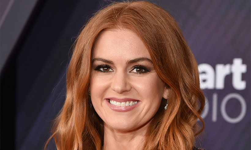 Isla Fisher Gives Fans A Rare Glimpse Inside Her Perfectly