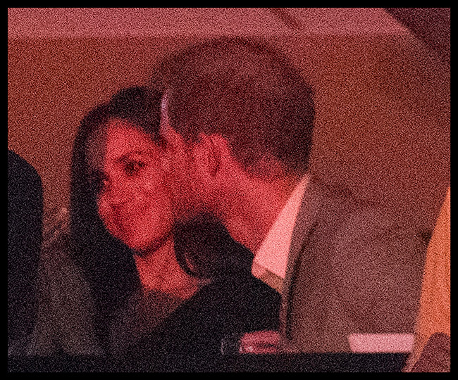meghan-and-harry-kiss-invictus