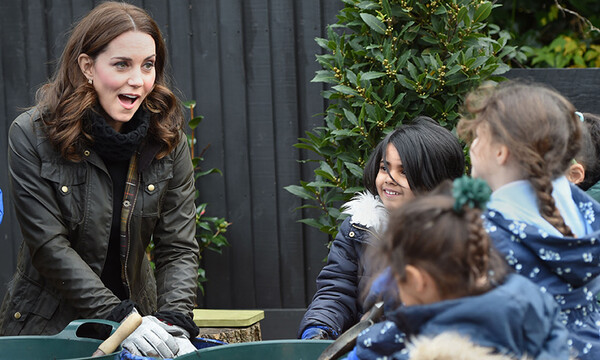 kate-middleton-gardening