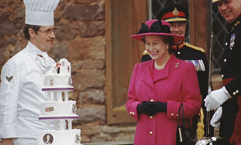The Queen is hiring a new chef for Buckingham Palace | HELLO!