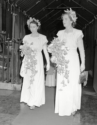 princess elizabeth bridesmaid andrew elphinstone wedding 1946