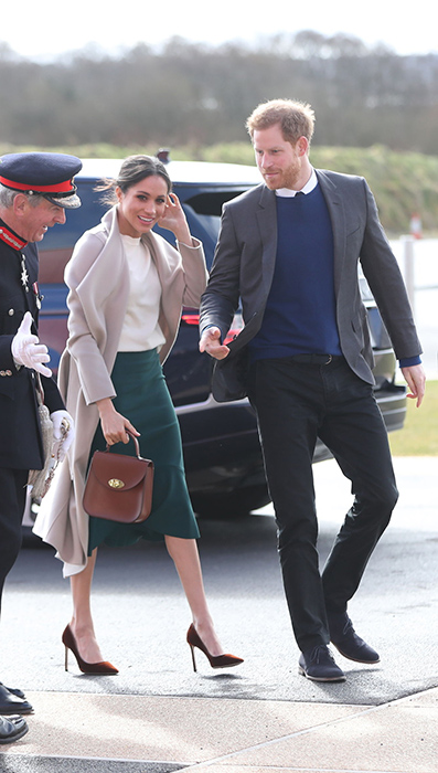 meghan-markle-belfast-outfit-nude-coat