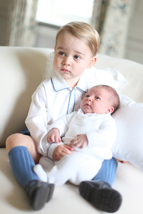 official-picture-prince-george-princess-charlotte-baby