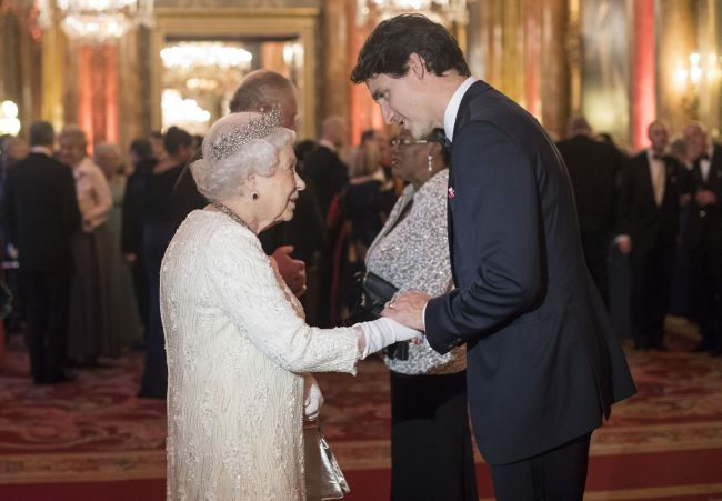 The-Queen-Justin-Trudeau