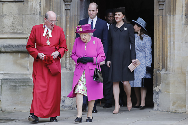 the-queen-easter-service-prince-william-kate-middleton