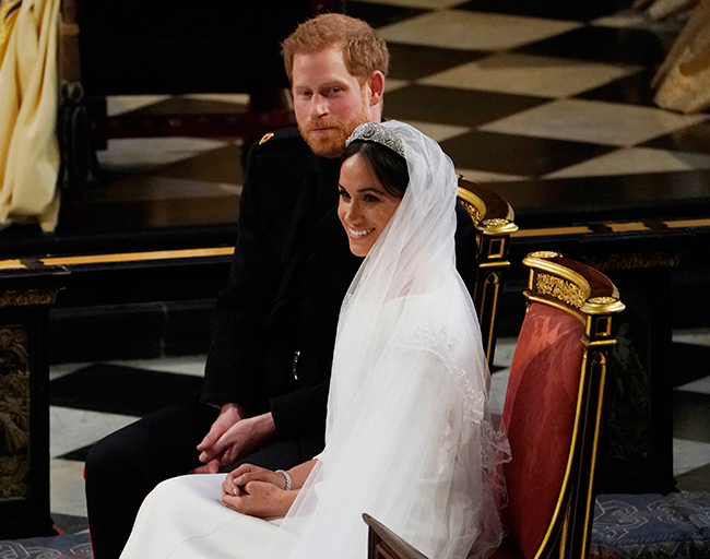 meghan-harry-sit