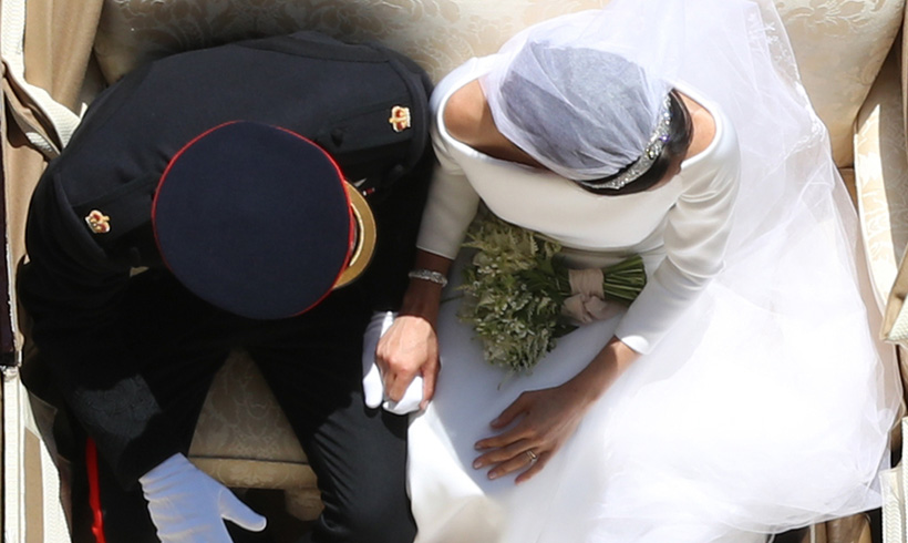Meghan Markle and Prince Harry viral wedding day picture