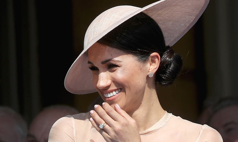 meghan-markle-laughing