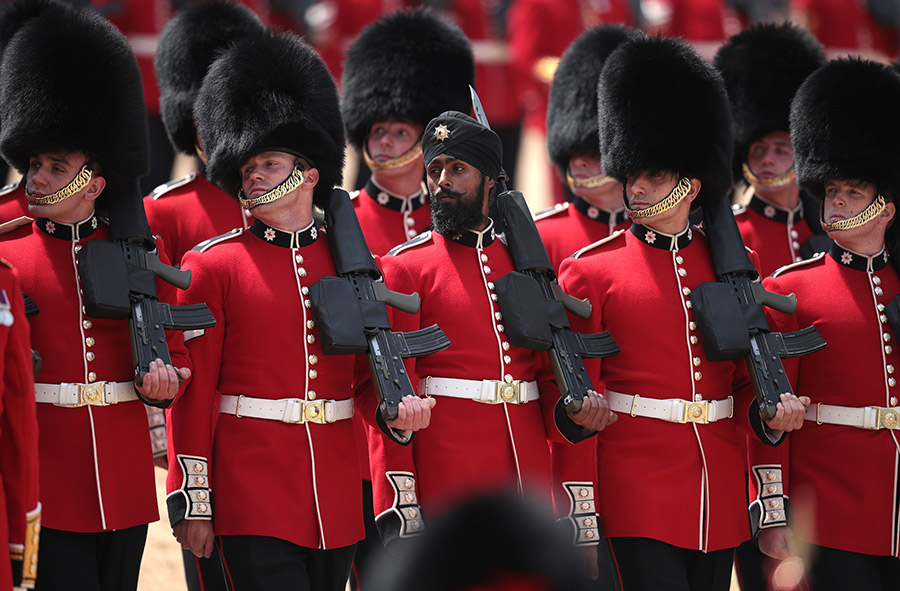 trooping-the-colour-first-turban
