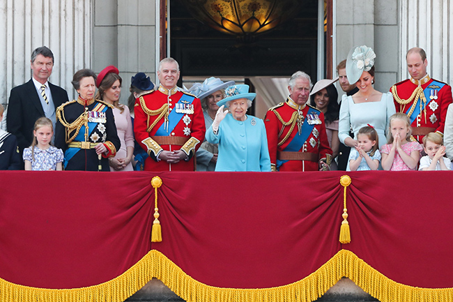 the-queen-at-trooping-the-colour