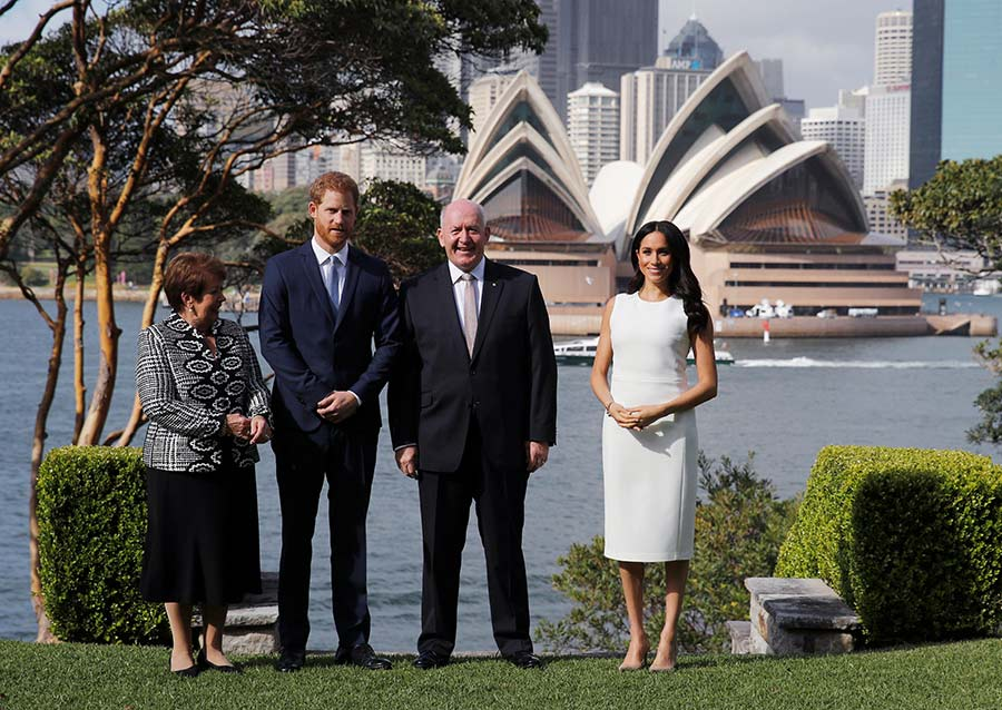 prince-harry-meghan-admiralty-house-first-day