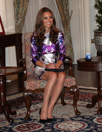 kate-middleton-sitting-diamond-jubilee-tour