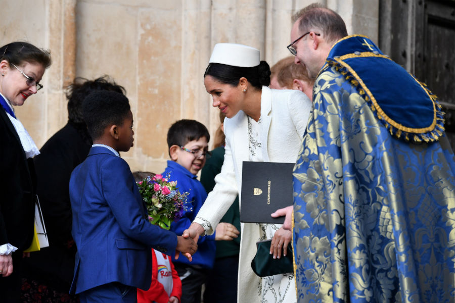 meghan-markle-flowers-commonwealth