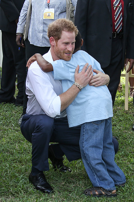 prince harry-hug
