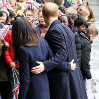 hug meghan and harry