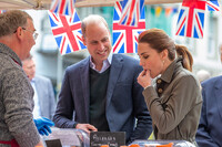 kate-middleton-eating-in-keswick