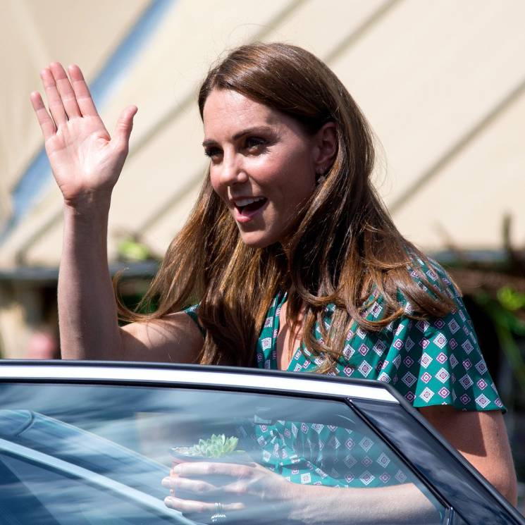 Kate Middleton shows off her Back to Nature garden at Hampton Court Palace - all the pictures