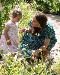 kate-middleton-garden-treasure-hunt