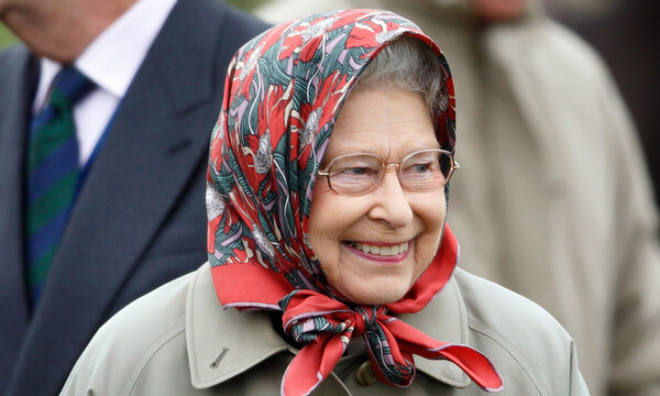 the queen wearing headscarf