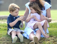princess-charlotte-and-george-playing