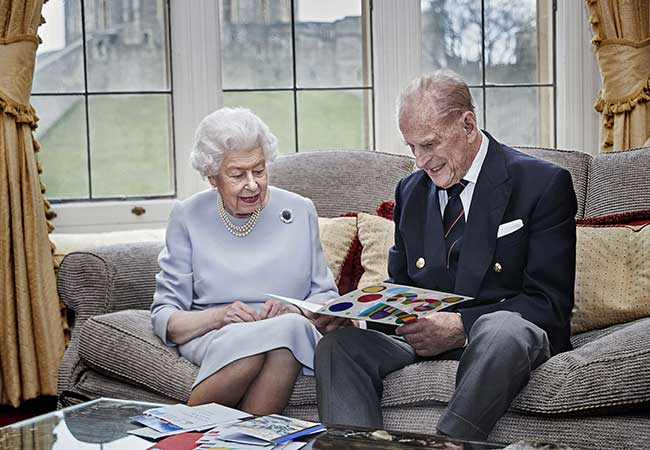 the-queen-prince-philip-anniversary-photo