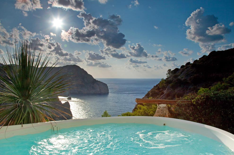 Hacienda Na Xamena: clifftop Ibiza spa hotel - Photo 8