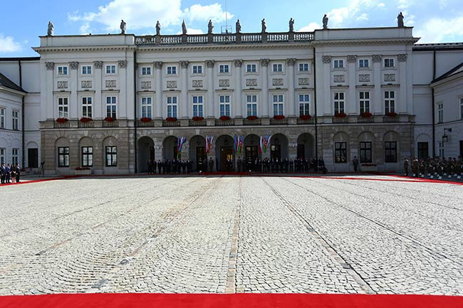 Warsaw-royal-palace
