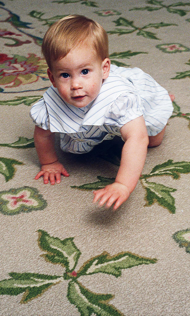 Prince Harry Learning To Crawl At Home In Kensington Palace.    (Photo by Tim Graham/Getty Images)