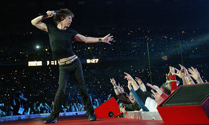 In 2006, Mick Jagger and The Rolling Stones swaggered onto a tongue-shaped stage, which was peeled back to reveal a pit of fans underneath.