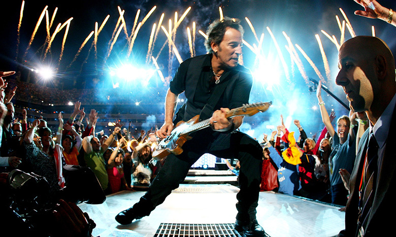 "Bruce Springsteen didn't disappoint during the 2009 halftime show, performing all his classics, from ""Born to Run"" to ""Glory Days,"" with the E Street Band."