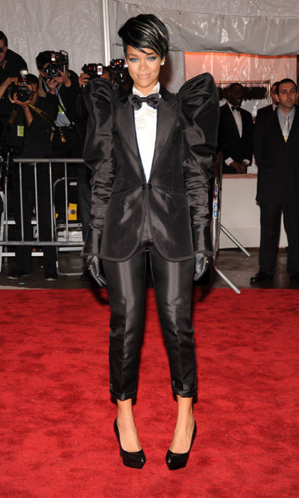 Rihanna owned the red carpet at the 2009 Met's Costume Institute gala in a stunning black Dolce & Gabbana tuxedo.