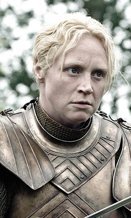 Distinctly unfeminine in appearance, Brienne of Tarth dresses like a warrior rather than a lady, sporting chainmail and armour.