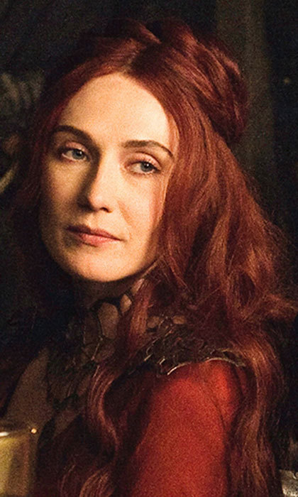 As the ravishing red priestess from Asshai, Melisandre exclusively wears scarlet robes of silk, even in freezing temperatures.